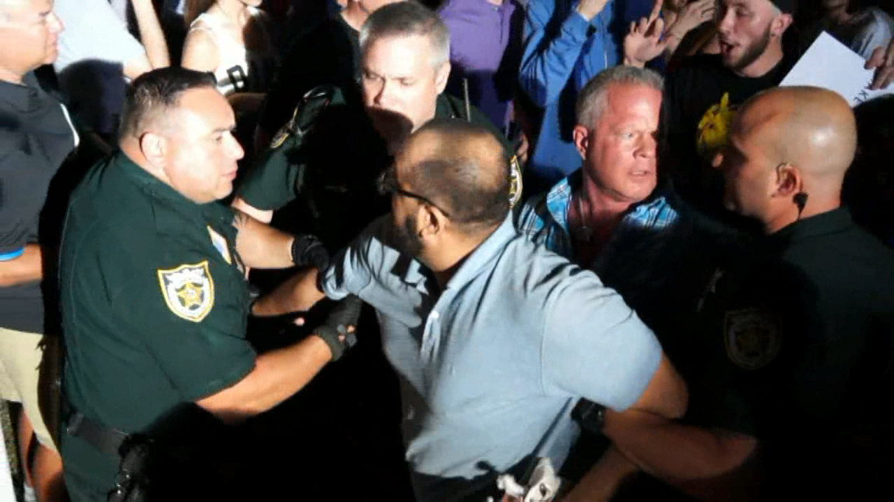 Trump Protester and Supporter Fight At Florida Rally: Police Move In