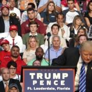 """Donald Trump Calls Hedge Funds """"Killers"""""""
